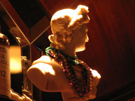 nine fine irishmen statue
